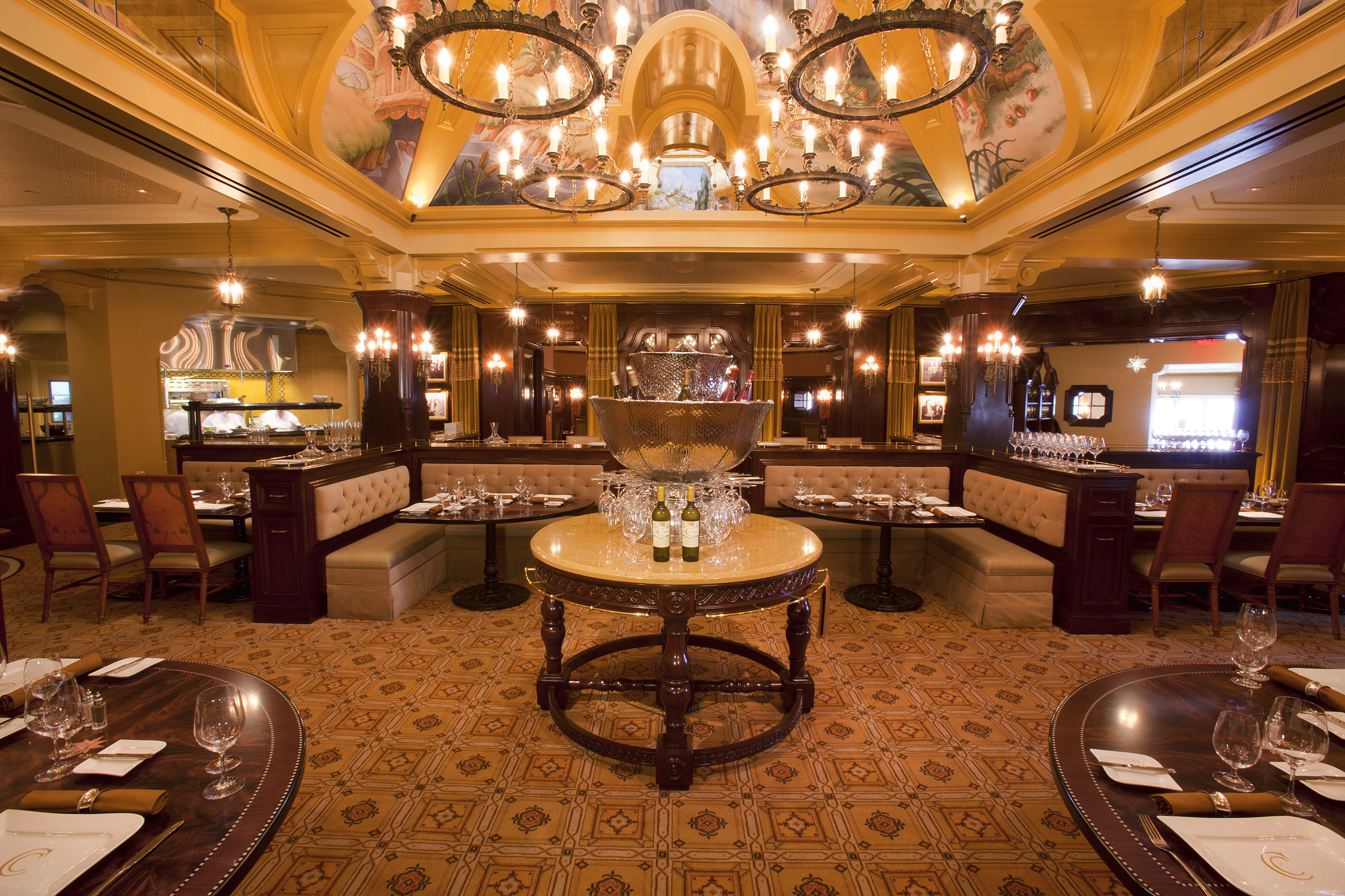Carthay Circle Restaurant And Lounge Named In Orange Coast
